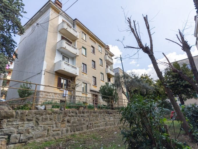 Campi Elisi | Appartamento luminoso con balcone, in zona ben servita